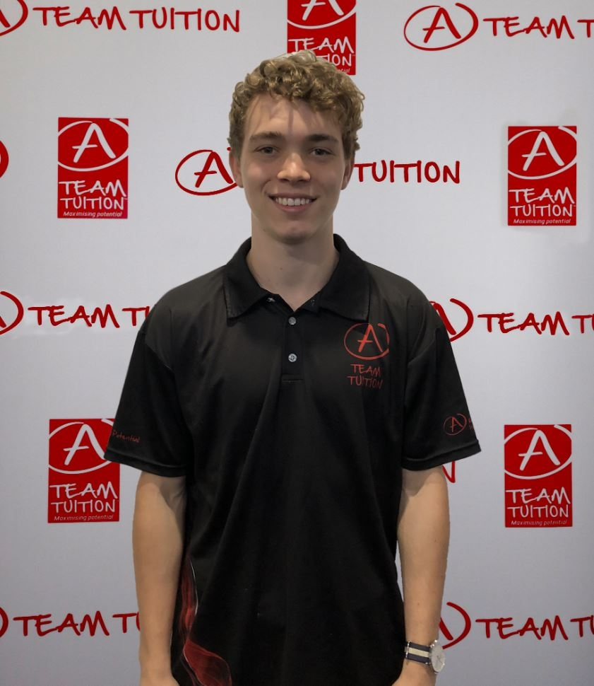 Flynn Berry is a gold coast based tutor who services Maths B, Maths C, Physics, Chemistry and English subjects